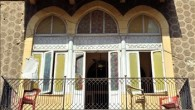 (as-Safir, September 25, 2010) حال الطوارئ معلنة منذ سنوات، والصرخة لحماية البيوت التراثية في لبنان بأمس الحاجة أن تُسمع لسبب أساسي: فالبيوت لمّا تموت، تصطحب معها جزءا من روح المدن […]