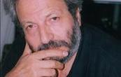 (as-Safir, December 22, 2010) عاد المخرج السينمائي محمد ملص (1945) أخيراً من «مهرجان الفيلم العربي» في برلين، بعد تظاهرة استعادية لمجموعة من أفلامه توزعت على خمس أمسيات. وقد كان مستثاراً […]
