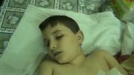 Il foro della pallottola è ben visibile al centro del petto. Il video amatoriale diffuso il 14 ottobre 2011 da un canale Youtube di attivisti siriani (si veda più in […]