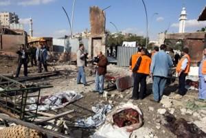 Sul luogo di uno dei due attentati, Sana 23 dicembre 2011