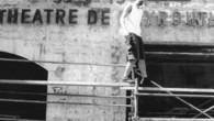 """Un altro pezzo della fisionomia di Beirut, un altro simbolo della città rischia di sparire. Stavolta a correre il rischio di essere demolito è il """"Teatro di Beirut"""" (Masrah Bayrut)teatro […]"""