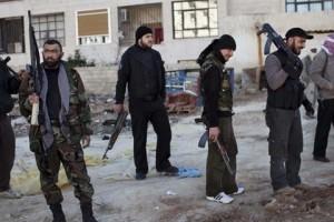 Il Daily Star pubblica questa foto: miliziani dell'Esl a Idlib. Cosa c'entra con i presunti ufficiali francesi e con Homs?