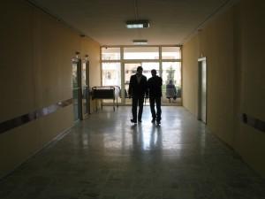Attivisti siriani nella clinica di Zahra, Tripoli, 14 marzo 2012