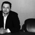 Rimane in carcere, nonostante l'amnistia presidenziale del 10 giugno scorso, il noto giornalista siriano Mazen Darwish, presidente e fondatore del Centro siriano per i media e per la libertà di […]