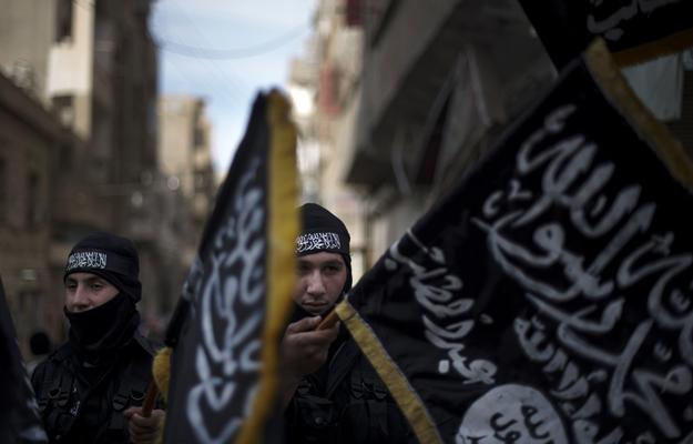 Fedeli alla Nusra. Liwa al Hamza, Dayr az Zawr (Febbraio 2013, AFP/Zac Baillie)