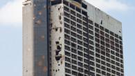 Sarà messo all'asta:dopo 24 anni dalla fine convenzionale della guerra libanese (1975-90), l'edificio dell'ex albergo Holiday Inn (foto), uno dei simboli della Beirut ferita, conoscerà forse presto il suo destino: […]