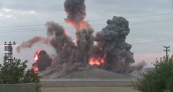 (di Alberto Savioli). Anche la Coalizione guidata dagli Stati Uniti partecipa alla distruzione del patrimonio archeologico siriano. E' quanto emerso dalle immagini dei bombardamenti su Tell Sheir, vicino Kobane. Il […]