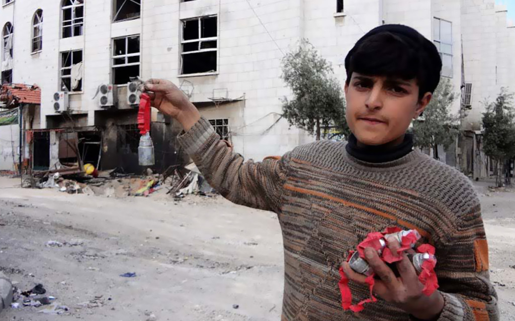 Cluster bombs in Siria (SNHR.org)