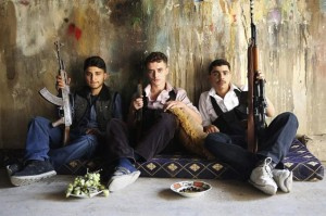Syria-Young-FSA-Fighters-Take-A-Break