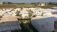 (di Lorenzo Trombetta, Ansa). Sono deserti gli scivoli e le altalene colorate, costruite con materiali di risulta del campo di profughi siriani a Telabbas, nel Libano del nord, all'indomani della […]