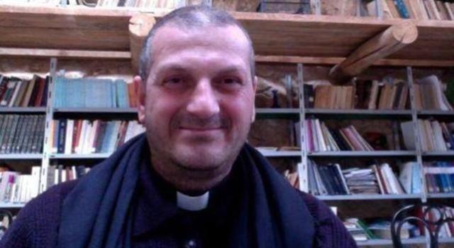 Padre Murad (Internet)